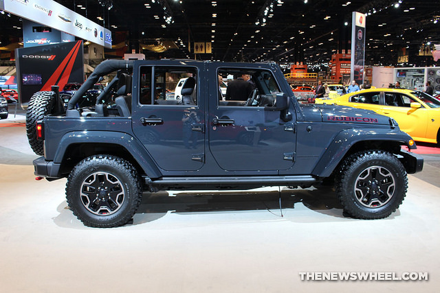 Jeep Wrangler pickup debut